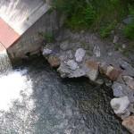 Unterkolkte Ufersicherung